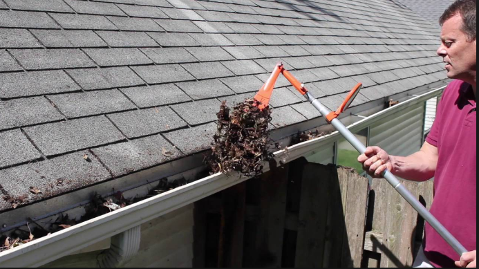 Services Of Gutter Cleaning