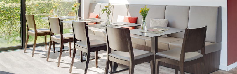 Create the Best Atmosphere by Adding the Best Quality Cafe Furniture