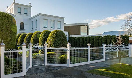 Is Woven Wire Fencing Enough to Improve Home Security?