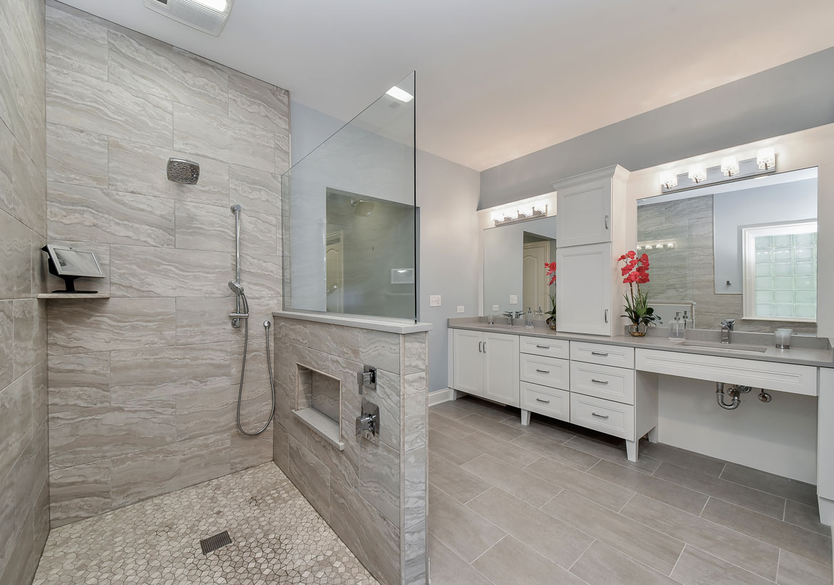 Best Shower Installation Services For Renovating Your Bathroom