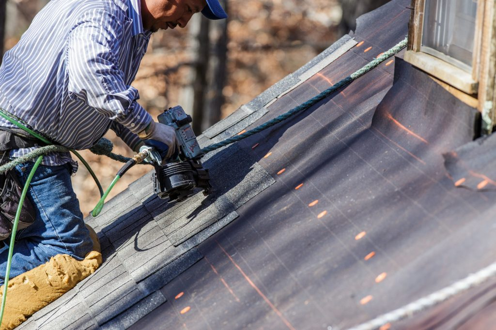 How to Recognize a Professional Roofing Company?