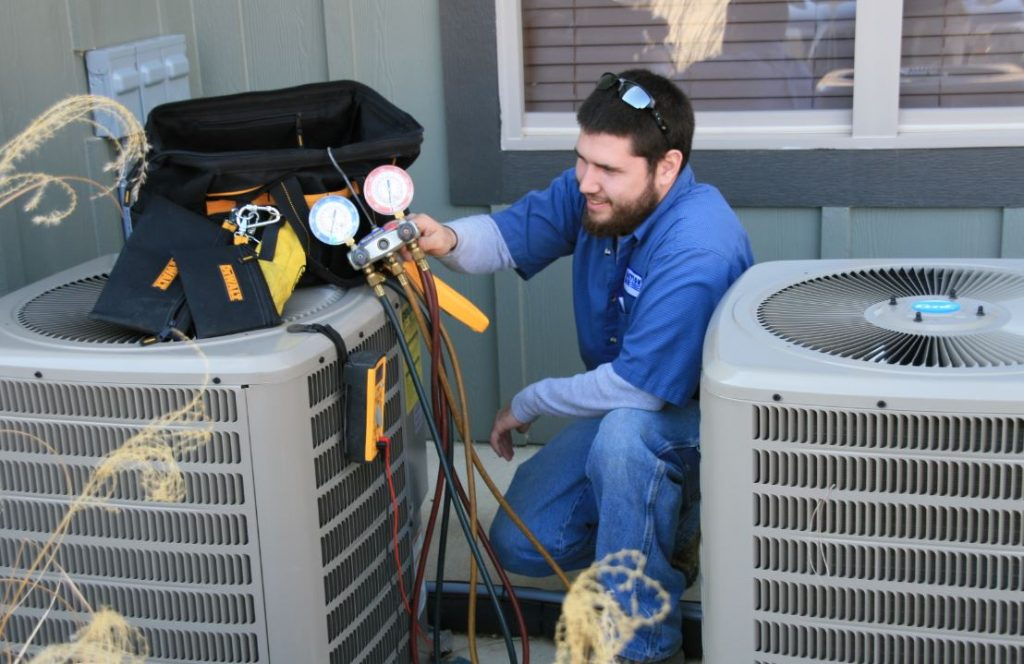 Pre-Book The Experts Of Air Conditioner Repairs In Sunshine Coast