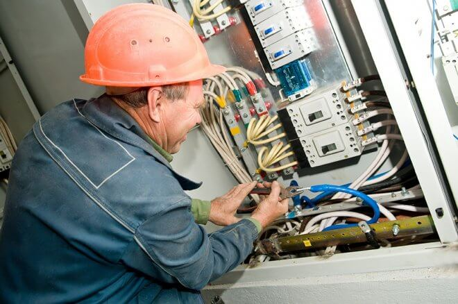 What Is The Purpose Of A Maintenance Electrician Sutherland