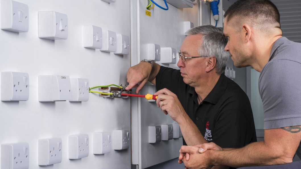 Level 2 Electrical Contractors in Newcastle